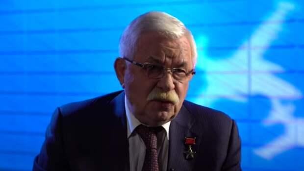 Александр Руцкой обвинил Чубайса и Гайдара в пропаже трех тонн советского золота