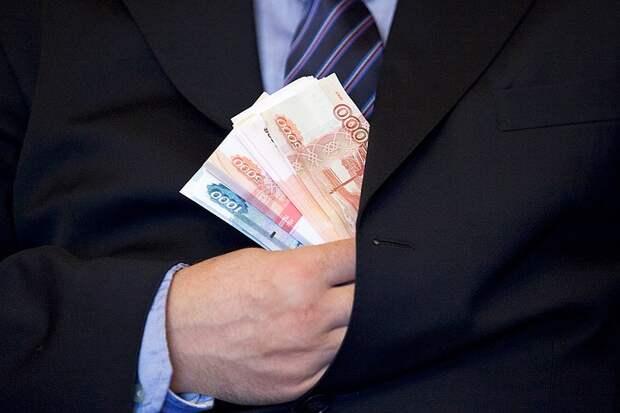 Более трети ВВП — в руках сотни граждан: России присвоили первое место по концентрации богатства