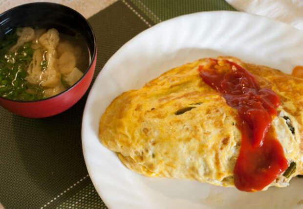 Стакан риса и 8 яиц: обед запоминается на всю жизнь
