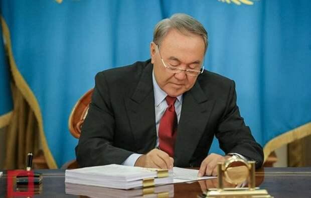 Назарбаев стирает русский мир