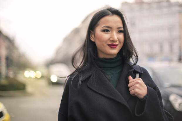 10 модных пальто на весну 2020: тренды и новинки