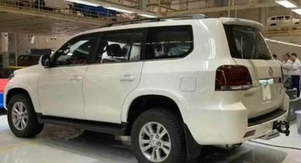 Китайский «клон» Toyota Land Cruiser выйдет на рынок, когда уйдет оригинал