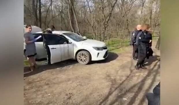 Владельца брошенного вКумженской роще авто соследами крови вРостове ищет полиция