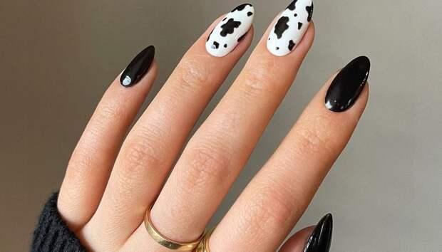 «Коровий» принт на ногтях — самый модный маникюр сезона