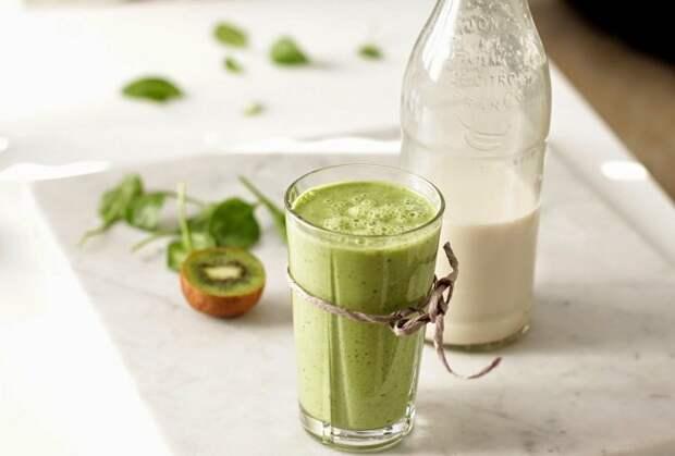 зеленый смузи на ужин
