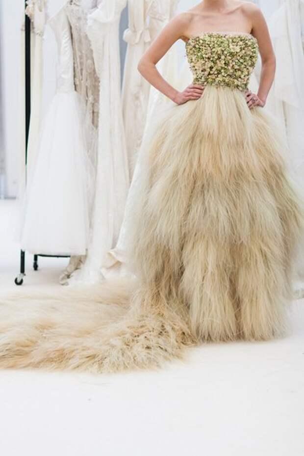 Свадебное платье из цветов