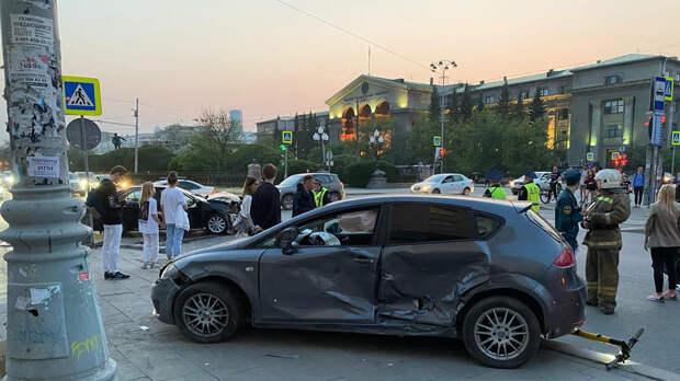 В Екатеринбурге умерла одна из пострадавших в ДТП с участием пешеходов