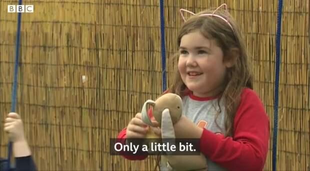 ВВеликобритании 6-летняя девочка упала вводопад высотой 30 метров ичудом осталась жива