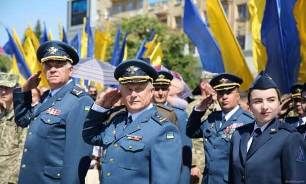 Бывший курсант главного вуза ВВС Украины: Это неармия, аклоунада