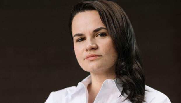 Тихановская ответила на обвинения в намерении выйти из союза с Россией
