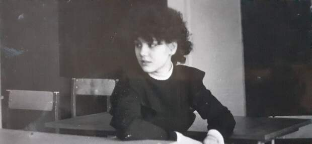 16 летняя школьница, 1988 г. Фото: автора.