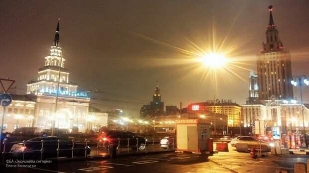 Парковка станет бесплатной в период новогодних праздников в Москве