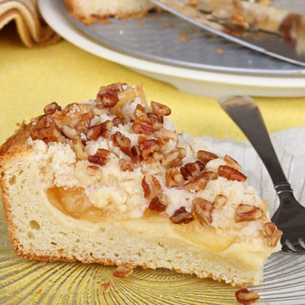 Пирог «Нежный» с творогом медом и орехами рецепт с фото