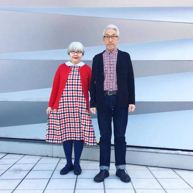 Стильные супруги из Японии покоряют сеть своими симметричными нарядами