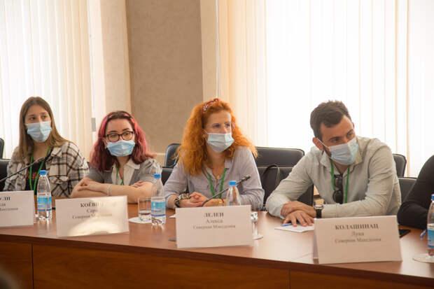 Глава Крыма: Благодаря международным форумам люди из разных стран могут узнать, что происходит на полуострове