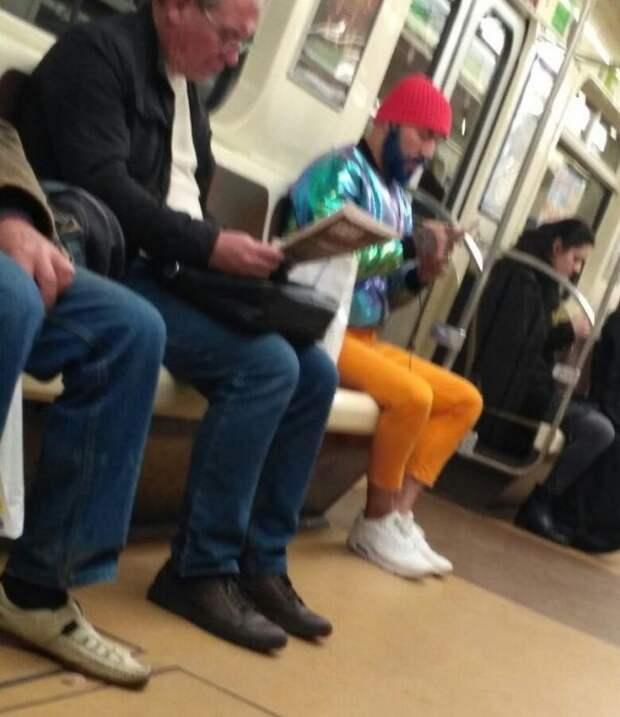 Модные пассажиры метрополитенов (32 фото)