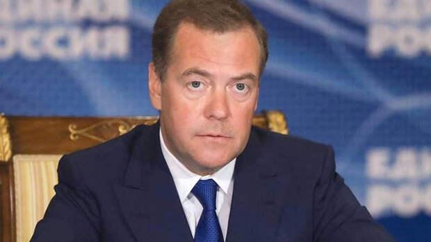 Медведев хочет создать систему защиты от вирусов