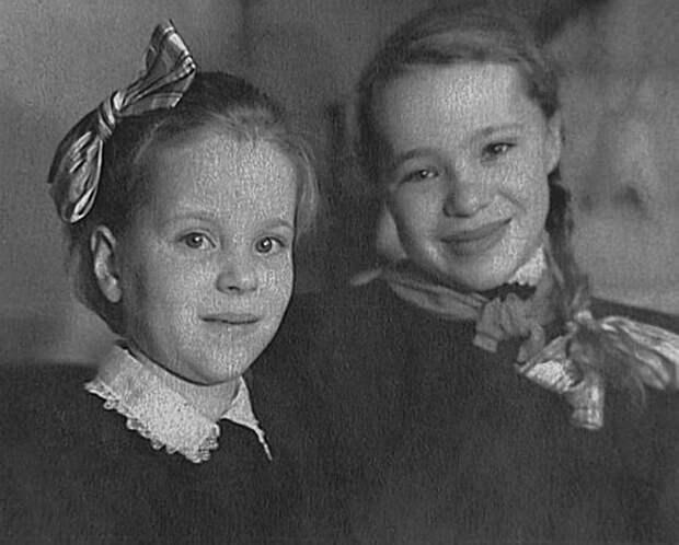 Наталья Крачковская в детстве. / Фото: www.vfl.ru