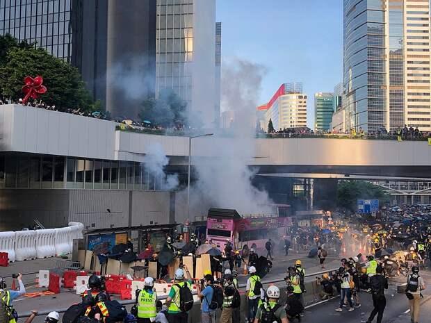 Вопреки санкциям США: Китай объявил ситуацию в Гонконге своим внутренним делом