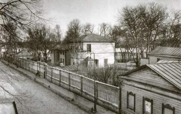 Почему Льва Толстого отлучили от церкви? (5 фото)