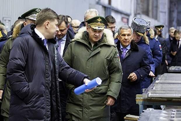 После недавнего визита на КАЗ министра обороны Сергея Шойгу, предприятие получило задание срочно доделать два заложенных в 2015 году для военных Ту-214