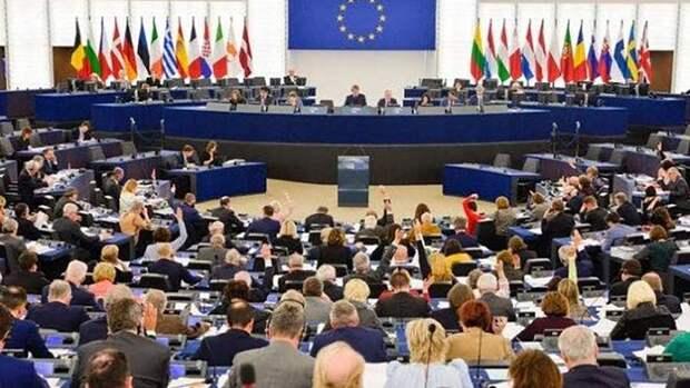 """Европарламентская резолюция по РФ — """"клиническое"""" хамство"""