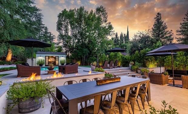 В гостях у Эшли Симпсон и Эвана Росса: экскурсия по особняку пары за 4 миллиона долларов