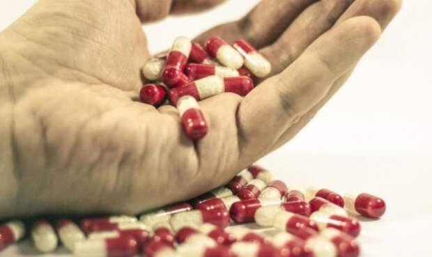 Названы правила, которые помогут сэкономить на врачах и лекарствах
