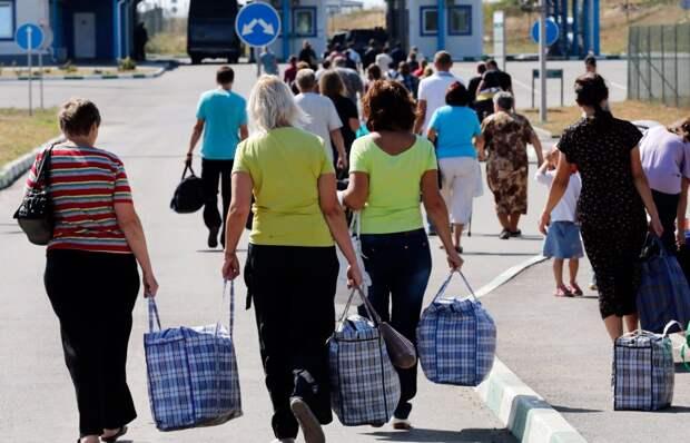 «Заробитчане» в панике: Зеленский требует их вернуть назад
