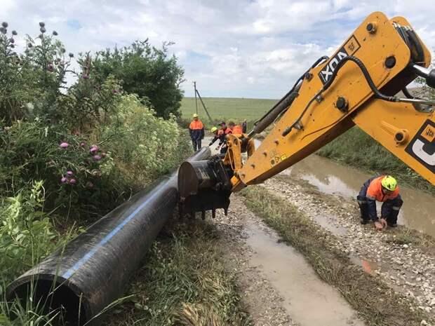 В Ленинском районе Крыма укрепили дамбу, из-за прорыва которой недавно затопило село