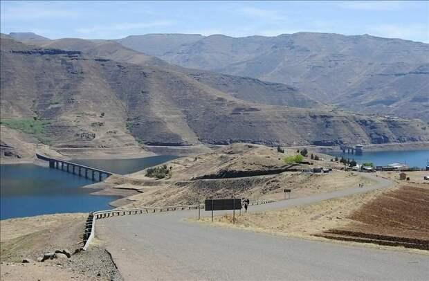 Лесото - маленькая страна с огромной плотиной и диктатором в постели