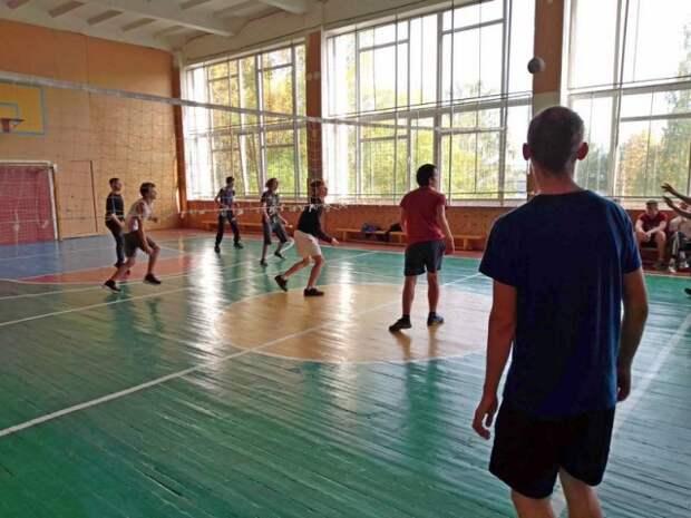 Первенство колледжа по волейболу.