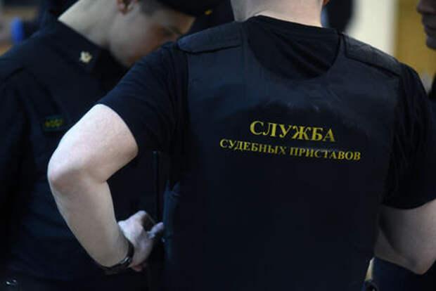 Невыездная «планка» для должников по штрафам стала выше - 30 000 рублей