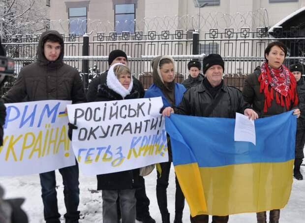 «Крымчанам придется сжигать дома и уезжать в Рязань на пустырь» – киевская пропаганда