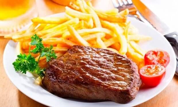 Жареное мясо - одно из любимых блюд Скорпиона.