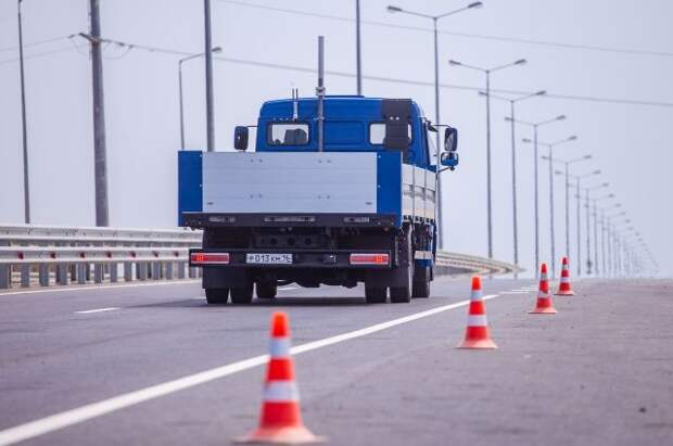 На Ямале испытают новый образец тяжелого вездехода КамАЗ-6355