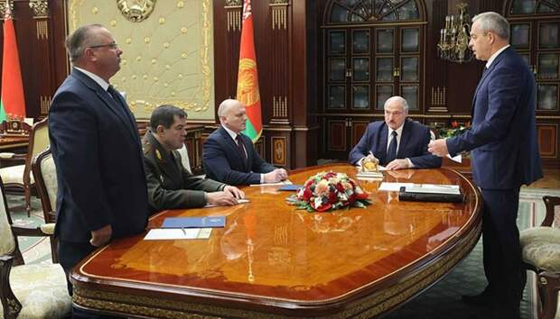 Лукашенко сменил глав КГБ и Совбеза
