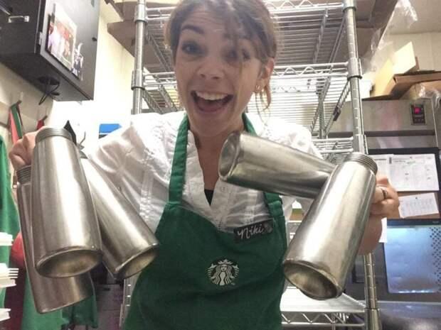 Бариста из Starbucks задает невинный вопрос постоянному клиенту и в итоге спасает ему жизнь