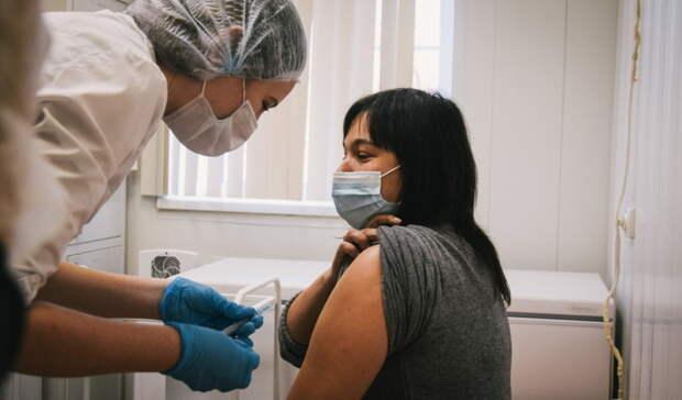 В Кваркенском районе прививку от коронавируса получили более 300 жителей
