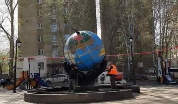 Тюменские парки искверы моют, пылесосят иочищают отмусора