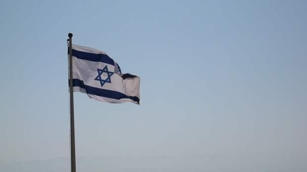 Израильская армия нанесла удары по сектору Газа в ответ на атаки