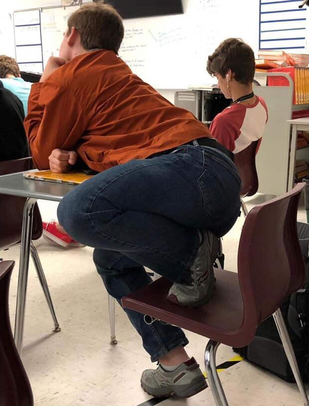117 фото доказательств того, что вы не умеете ни сидеть, ни даже стоять