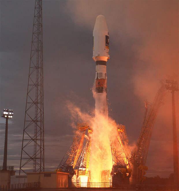 Пуск носителя «Союз-2»