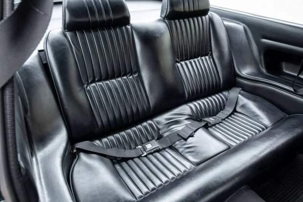 Классическое японское купе Isuzu 117 в итальянском стиле