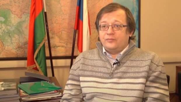 Политолог Храмчихин объяснил, почему Запад не признает Крым, Абхазию и Южную Осетию