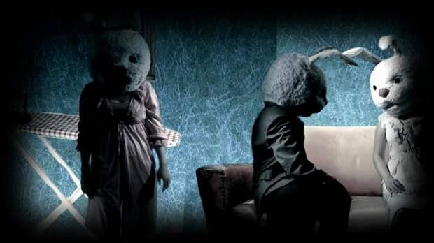 Кадр  из сериала «Кролики» (2002)