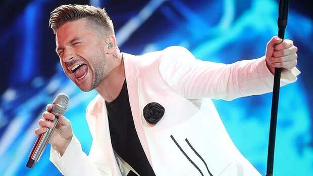 Сергей Лазарев провел первую репетицию на площадке «Евровидения-2019»