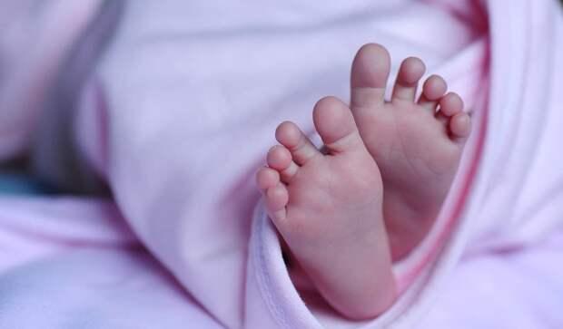 Тройняшки родились с разницей в семь лет