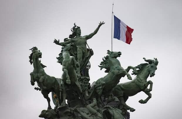 В Минобороны Франции назвали письмо военных «политической махинацией»