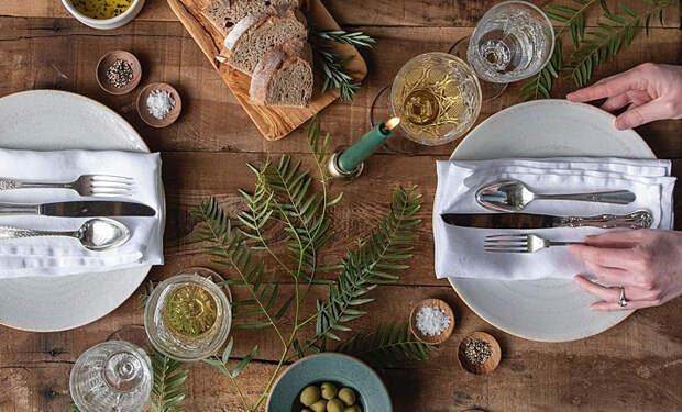 От классики до арта: идеи праздничной сервировки стола